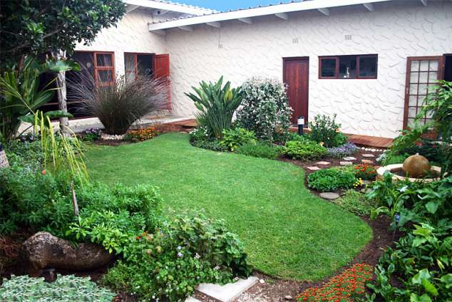 Avenues guest house mossel bay accommodation mossel bay guest house