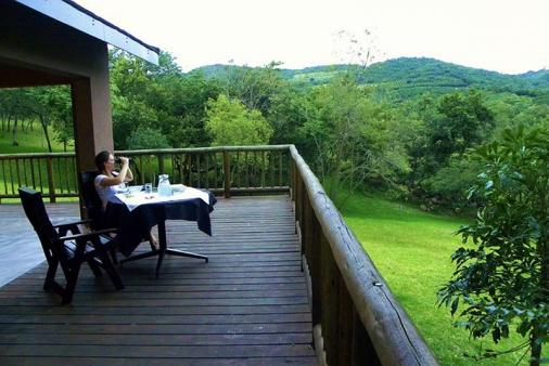Kata Charis Self Catering Chalets