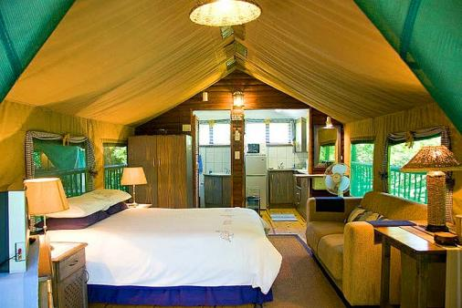Thandulula Luxury Safari Tent Accommodation