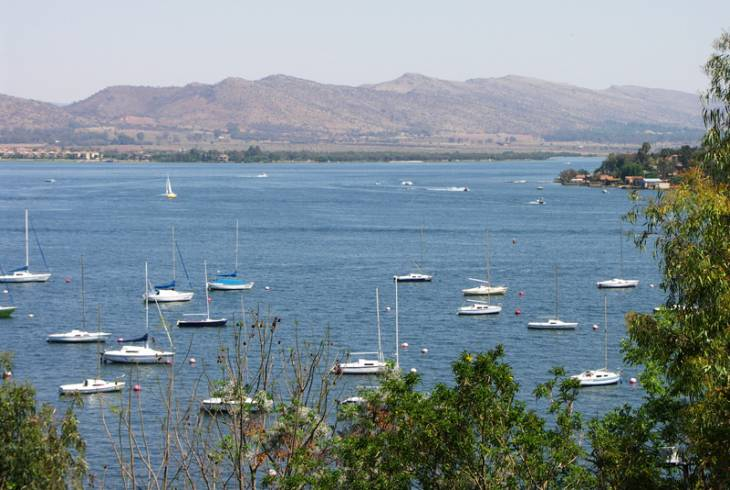 Sailing and boating on Hartbeespoort Dam