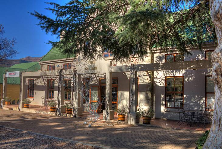 The Art and Wine Gallery on Main St, Clarens