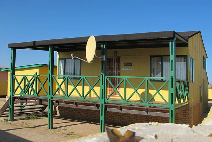 Traditional beach cottage at Hentiesbaai